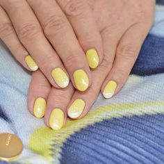 62 Most Beautiful And Lovely Yellow Color Nails Inspirational Ideas For Prom And Wedding - Page 44 of 63 - Coco Night Sexy Nails, Hot Nails, Trendy Nails, Yellow Nails Design, Yellow Nail Art, Beautiful Nail Art, Most Beautiful, Hot Nail Designs, Nail Colors