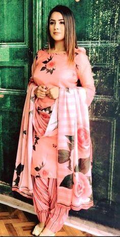 punjabi suits + Men Styles + suits for women Patiala Suit Designs, Kurta Designs Women, Kurti Designs Party Wear, Latest Salwar Suit Designs, Punjabi Suits Designer Boutique, Indian Designer Suits, Boutique Suits, Punjabi Suit Boutique, Sleeves Designs For Dresses