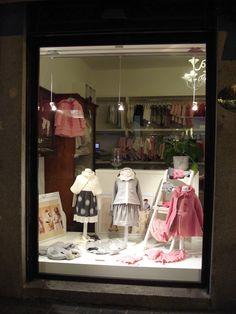 L'Orso di Monza  - MiMiSol in vetrina L'Orso in Monza: window display of MiMiSol #mimisol #fashion #luxury #children #kids #childrenswear #kidswear #baby #littlegirl #littleboy #clothing #fashion #Italia