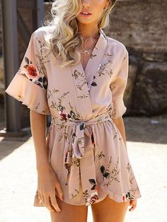Boho sexy romper Deep V floral print Ruffles chiffon jumpsuit women summer jumpsuit Female bow overalls beach playsuit Female Floral Fashion, Fashion Prints, Women's Fashion, Classy Outfits, Casual Outfits, Beach Playsuit, Light Dress, Floral Romper, Boho Romper