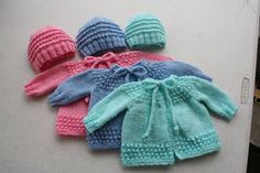 adorable Just My Size Jiffy Knit Preemie Hats  free pattern*
