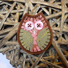 Retro Owl Brooch with 70s PInk and Brown Vintage by audreyscat, £5.00