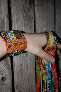 Купить Оттенки Текстильный браслет - текстильный браслет, украшение на руку, браслет, хлопок, бисер, колье
