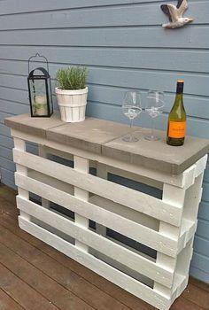 Un bar en palette pour la terrasse