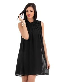 This LBD is perfect for all occasions!