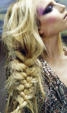 Messy side braid l festival styles visit us for #hairstyles and #hair advice www.ukhairdressers.com |