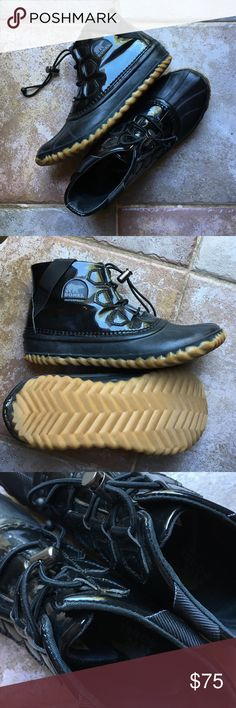 Sorel rain booties Super cute chic black waterproof SOREL ankle boots-GREAT conditions Sorel Shoes Ankle Boots & Booties