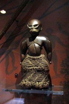 O'ahu - Honolulu: Bishop Museum - Hawaiian Hall - Ki'i Lā'au
