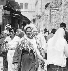 Jerusalem #people #streetphotopio Eye Expressions, Street Photographers, Jerusalem, Around The Worlds, Italy, Face, People, Italia, The Face