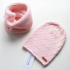 Доброго дня! Этот комплект для малыша связан из мягчайшего детского хлопка, пухленький и приятный, на осень отлично! Малышу в нем будет комфортно, не жарко и не холодно, а еще нежный персиковый оттенок очень красив! Комплект можно купить, написав мне в ватс ап или директ #daria_starr #hat #knit #knitting #knitlove #knittoholic #snood #knittersofinstagram #knitwear #forkids #iloveknitting #like4like #handmade #musthave #вяжу #вяжуназаказ #вязание #вязаниедетям #люблювязать…