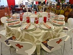 Victoria-Hagan-table-at-the-Red-Cross-2012-Red-&-White-ball