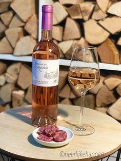 Zaterdag dus wijntje van de week, deze keer natuurlijk een rosé uit de Var ! Maîtres Vignerons de Vidauban. Heerlijk frisse wijn met de herkenbare smaak van de provence! #enjoy #Var #rosé #Vidauban #Provence