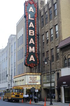 birmingham alabama theatre -  This old theater is GORGEOUS inside!!