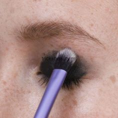 Gorgeous Makeup: Tips and Tricks With Eye Makeup and Eyeshadow – Makeup Design Ideas Eye Makeup, Makeup Tips, Hair Makeup, Makeup Brushes, Makeup Products, Beauty Make-up, Beauty Hacks, Hair Beauty, Beauty Care