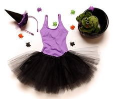 Fantasia bruxinha tutu preto Halloween 2017, Halloween Costumes, Fantasias Halloween, Halloween Disfraces, Holidays And Events, Carnival, Christmas Ornaments, Holiday Decor, Party