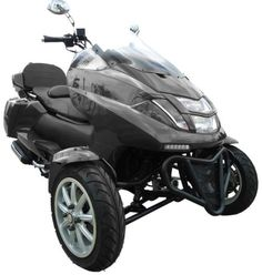 Purchase This 4 Stroke Trike Scooter Moped Today! Limited Quantities Available! Yamaha Motorcycles, Harley Davidson Motorcycles, 4 Wheels Motorcycle, Best Electric Bikes, Electric Cars, Electric Vehicle, Three Wheel Bicycle, Trike Scooter, Electric Tricycle