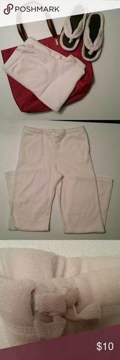 """Danskin Now Flannel Bottoms Off white, soft, Danskin Now bottoms with drawstring waist. Two front pockets. Wide bottom for ease of movement.  Measures 14"""" across waist, inseam 27"""". Size XL (14-16). 100% polyester. Danskin Now Bottoms Sweatpants & Joggers"""