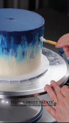 Learn from Bijou's Sweet Treats wedding cake studio. Cake Decorating Designs, Cake Decorating Piping, Cake Decorating Videos, Birthday Cake Decorating, Cake Decorating Techniques, Cake Icing Techniques, Piping Techniques, Cake Birthday, Watercolor Cake