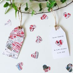 We have everything for your travel inspired Wedding - even Name Cards ❤️ #wedding #inspiration #stationary #travel #map #heart #rome #contetti #invitations #savethedate #weddinginvitations #thankyou #tag #gift #decor #tabledecor #shabbychic #travelgram
