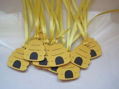 Items similar to 12 beehive gift tags on Etsy Bee Crafts, Preschool Crafts, Crafts For Kids, Teacher Wreaths, Bumble Bee Birthday, Mommy To Bee, Bee Creative, Bee Party, Bee Theme