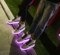 """Fashion couple luminous LED charging light sneaker Cute Kawaii Harajuku Fashion Clothing & Accessories Website. Sponsorship Review & Affiliate Program opening!so fashionable and sweet, use this coupon code """"Fanniehuang"""" to get all 10% off"""