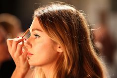 Beauty Tips & Tricks Every Woman Needs to Know  Read more: http://www.dailymakeover.com/trends/makeup/beauty-tips/#ixzz3TrMAPXKC