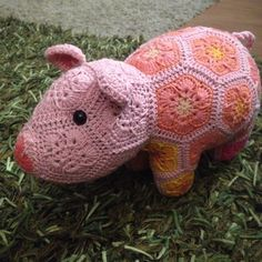 Ravelry: Lineandloops' Peggy the Piglet