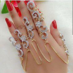Popular Types of Body Jewelry - Body Jewelry Hand Jewelry, Pearl Jewelry, Body Jewelry, Jewelery, Jewelry Box, Jewelry Trends, Jewelry Accessories, Handmade Accessories, Fashion Accessories