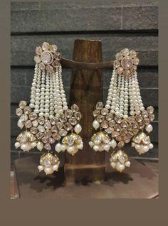 Indian Jewelry Earrings, Jewelry Design Earrings, Indian Wedding Jewelry, Ear Jewelry, Bridal Jewelry, Gold Jewelry, Fancy Jewellery, Trendy Jewelry, Boho Wedding