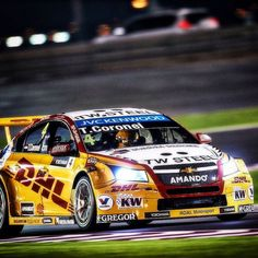 Nigt race  #wtcc here in #Qatar Doha last one of the season  #RoalMotorsport #dhl #Chevrolet Thanks fans for keeping the spirit. Now getting ready for the new adventure again #dakar2016 #dakarrally #argentina and bolivia in Januari by tomcoronelracing