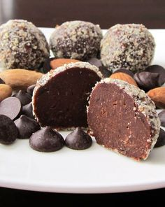 Healthy Dairy-Free Chocolate-Almond Truffles Serves: 9 This recipe is naturally dairy-free, vegan, gluten-free, and soy-free. For a nut-free option, see my original Chocolate Truffle Snack. Almond Recipes, Dairy Free Recipes, Raw Food Recipes, Sweet Recipes, Gluten Free, Paleo Dessert, Healthy Sweets, Delicious Desserts, Dessert Recipes