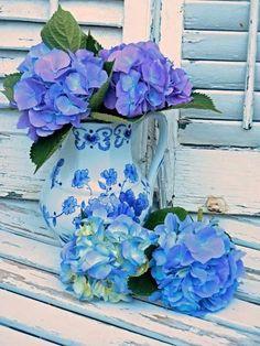 justbelieve2him:  Gorgeous blue…