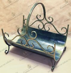 Wrought Iron Stair Railing, Iron Pergola, Log Holder, Grill Design, Iron Decor, Barbacoa, Metal Crafts, Metal Furniture, Blacksmithing