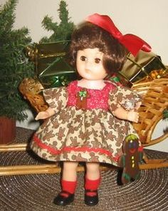 GINNY-doll-DRESS-CHRISTMAS-GINGERBREAD-set-for-8-fits-Muffie-4-pieces-NO-DOLL