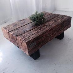 #coffetable #stolikkawowy #design #wichaister #stare drewno #bale #interiordesign #dizajnerskiemeble #retro #love