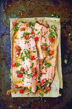 Filete de trucha a la plancha con salsa vierge