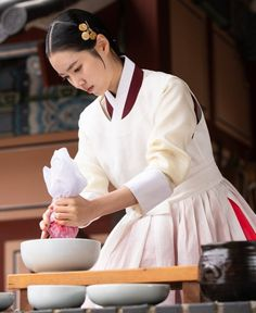 """[Photos] New Stills Added for the Korean Drama """"Queen: Love and War"""" @ HanCinema :: The Korean Movie and Drama Database Korean Traditional Dress, Traditional Dresses, Do Sang Woo, Modern Hanbok, Queen Love, Korean Wave, Loose Pants, Drama Queens, Kpop"""