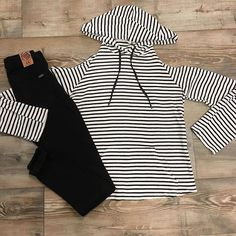 cold shoulder stripes #frankieandjules #fnjstyle #shopsmall   #shopsmallkc #kc #localkc #shopkc #boutiquefashion #ootd #wiw #whatimwearing #whatiwore #springstyle #personalshopper #styleinspo #midwestdressed #midwestbloggerskc #kansascityblogger #bohoblogger #stripes #nautical #coldshoulder #springbreak #midwestisbest #beunique #personalshopper #stylist #comfystyle #kansascityshopping