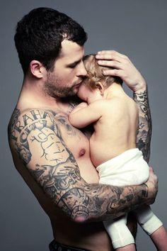 Marpo is my love Czech rap jedéé Body Mods, Fathers, Rap, My Love, Tattoos, Celebrities, Body Modifications, Parents, My Boo