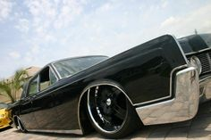 65 Lincoln Continental - Slow and Low