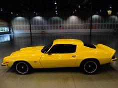 Camaro - Old Car Shopper Citroen Ds, My Dream Car, Dream Cars, Transformers, Yellow Camaro, Classic Camaro, Chevy Camaro Z28, Chevy Muscle Cars, Pony Car