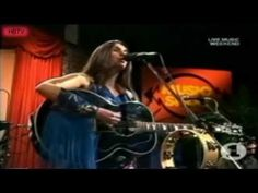Emmylou Harris & The Hot Band 1978 live in Germany - YouTube