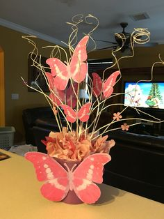 Baby shower centerpieces butterfly center pieces Ideas for 2019 Baby dress elegant Baby shower centerpieces butterfly center pie. Butterfly Centerpieces, Butterfly Decorations, Baby Shower Centerpieces, Party Centerpieces, Baby Shower Decorations, Floral Centerpieces, Butterfly Garden Party, Butterfly Birthday Party, Butterfly Baby Shower