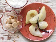 Birnenkompott – smarter - mit Honig-Joghurt und Amarettini - smarter - Kalorien: 150 Kcal - Zeit: 30 Min. | eatsmarter.de