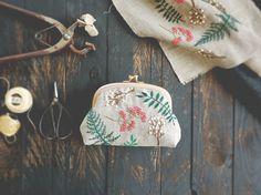 summer leaf pouch. yumiko higuchi.