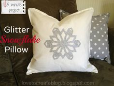 a tutorial on how to transfer a sparkly snowflake to a pillow