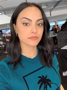 Inside Riverdale Star Camila Mendes's Ultra-Chic Comic-Con Camila Mendes Veronica Lodge, Camila Mendes Riverdale, Camilla Mendes, Betty Cooper, Dream Hair, Celebs, Celebrities, Pretty People, Makeup Looks