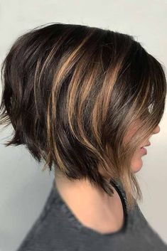 Are you looking for short haircuts for women? Great, because we have a photo gallery featuring short haircuts that will never lose their popularity due to their prettiness and versatility. Whether you are short tresses kind of babe or you just became tired of wearing your hair long, see our collection short haircuts. #haircuts #shorthaircuts #shorthaircutswomen