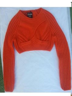 NWT-480-Jean-Paul-Gaultier-Fuzzi-Cropped-Sweater-Geranio-Woman-s-Size-Medium