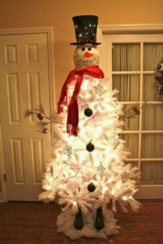 Frosty the man Christmas Tree
